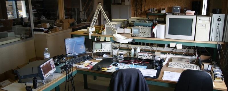 Etabli électronique atelier